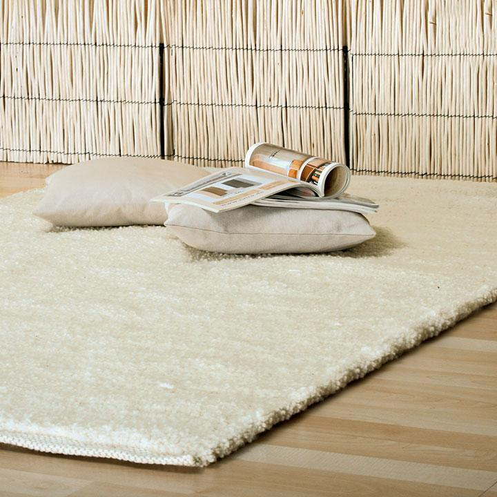 Handgewebter Teppich Romballo