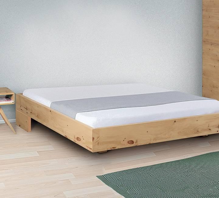 """Einzelbett und Doppelbett """"Turvo Liege"""" - Zirbe"""
