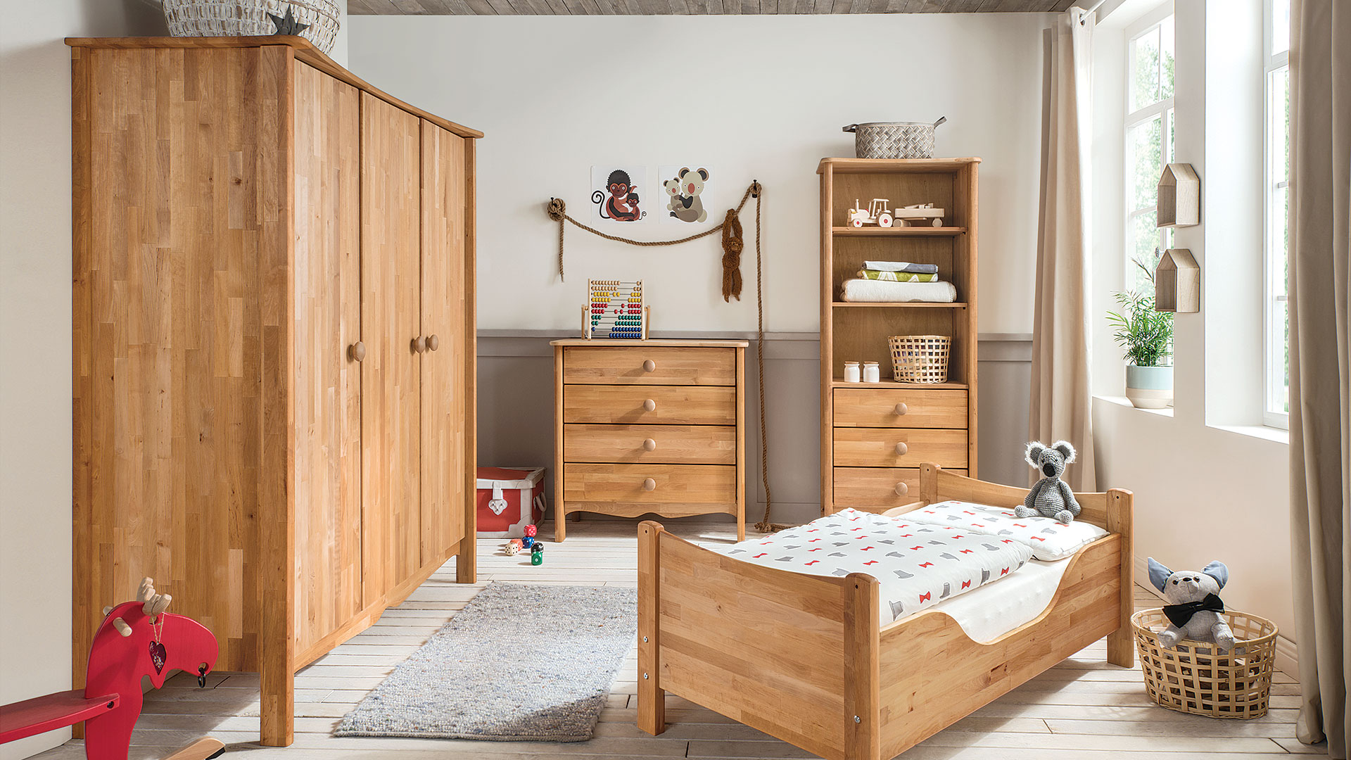 kleiderschrank lino perfekt f r das kinderzimmer. Black Bedroom Furniture Sets. Home Design Ideas