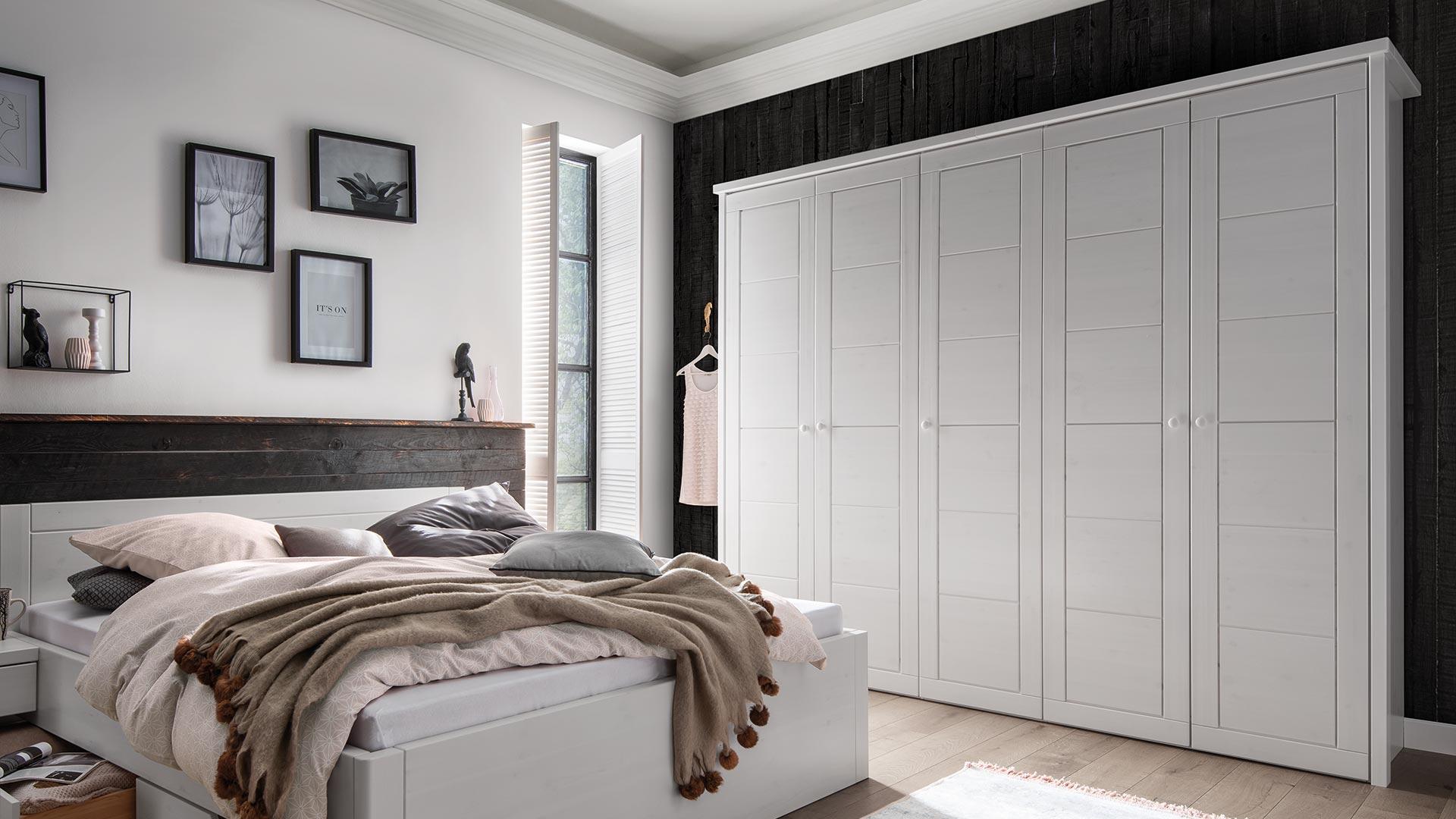 kleiderschrank ber 3 meter zuhause image idee. Black Bedroom Furniture Sets. Home Design Ideas