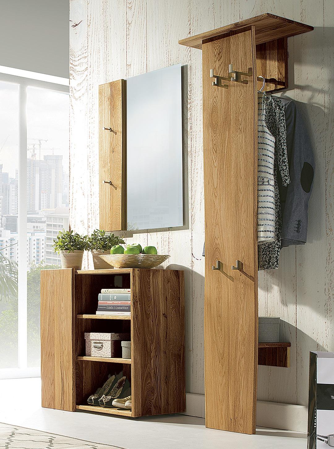 garderobe loca. Black Bedroom Furniture Sets. Home Design Ideas